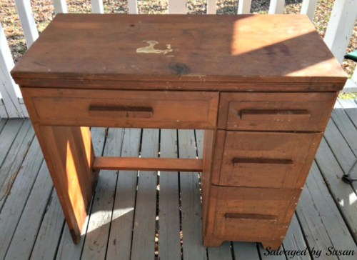 Furniture Upcycle How to transform an old Desk using paint #30 day flip challenge