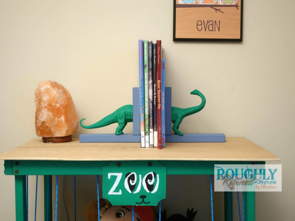 Dollar Store Flip for the #30dayflip Challenge. Watch how this dollar store dinosaur gets transformed into adorable bookends for DIY kids room decor